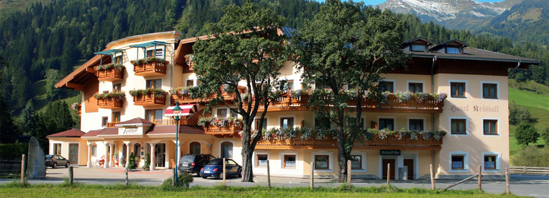 Hotel Ferienwelt Kristall im Sommer